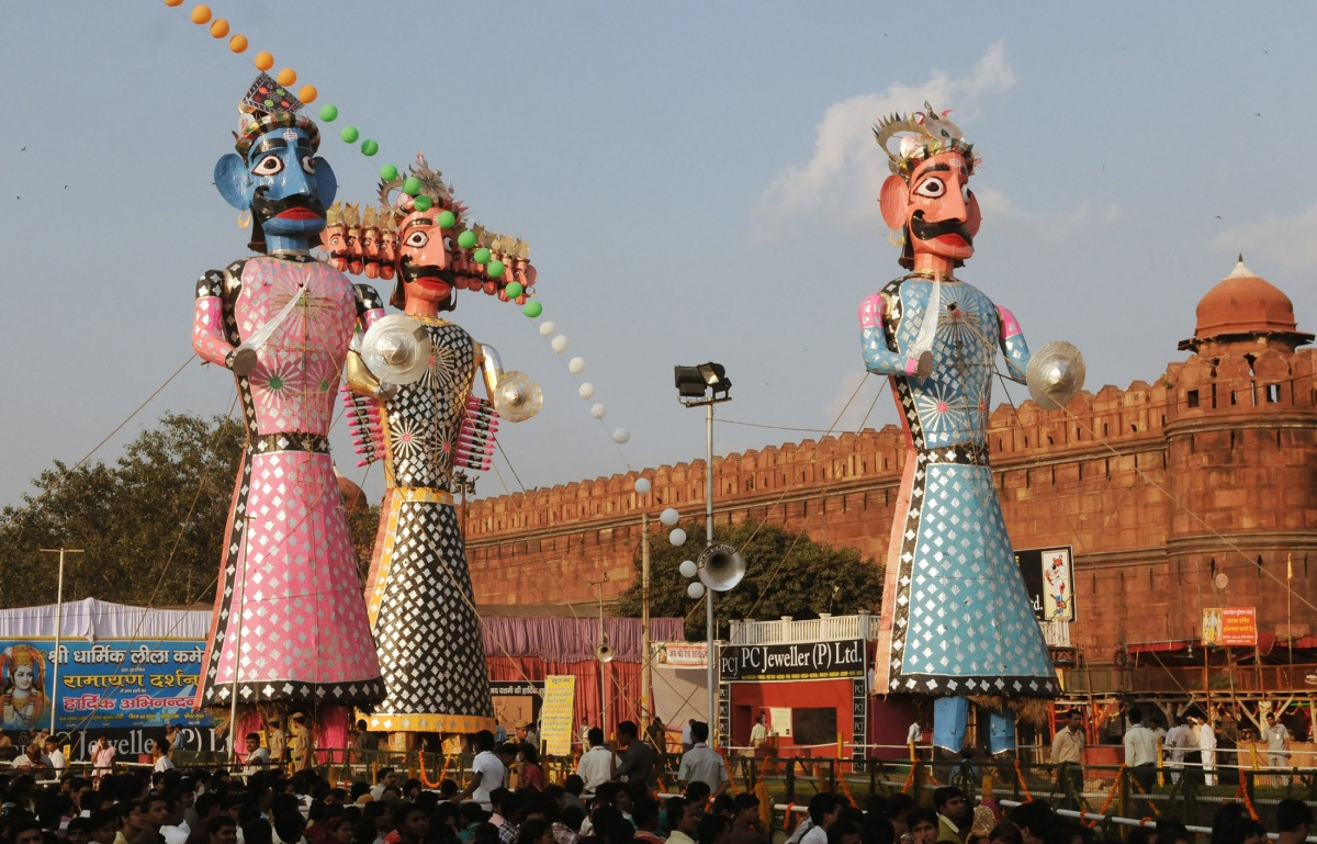 BURNING THE EVIL: DUSSEHRA